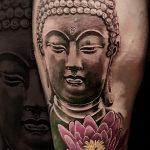 Realistisches Buddha Tattoo von Alex, Peckstage