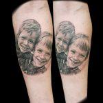 Familien Portrait Tattoo von Benji, Peckstage