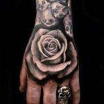 Realistisches Rosen Tattoo von Alex, Peckstage